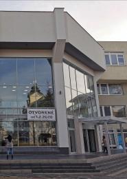 """Foto: Interiér a exteriér """"Titanik"""" PROCentrum - Prievidza - Obchodné centrum 83"""