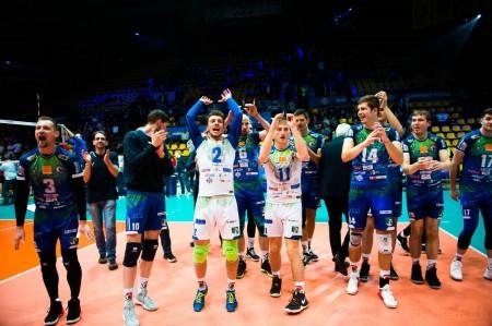 Foto: Volejbal SuperFinále 2020 - VK OSMOS Prievidza získala Slovenský pohár 41