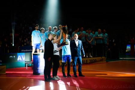 Foto: Volejbal SuperFinále 2020 - VK OSMOS Prievidza získala Slovenský pohár 57