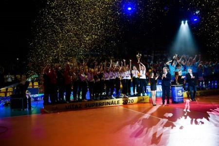 Foto: Volejbal SuperFinále 2020 - VK OSMOS Prievidza získala Slovenský pohár 60