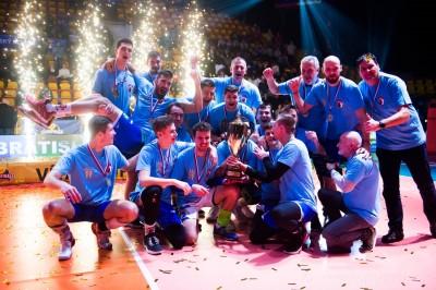 Foto: Volejbal SuperFinále 2020 - VK OSMOS Prievidza získala Slovenský pohár