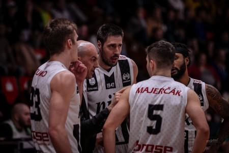 Foto: Final Four Budiš Slovenský pohár 2019/2020 - finále: BC Prievidza - BKM Lučenec 75:63 35