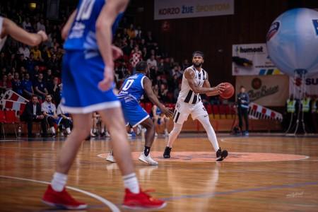 Foto: Final Four Budiš Slovenský pohár 2019/2020 - finále: BC Prievidza - BKM Lučenec 75:63 51