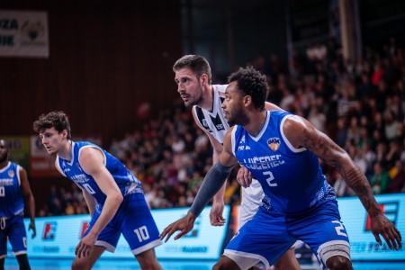 Foto: Final Four Budiš Slovenský pohár 2019/2020 - finále: BC Prievidza - BKM Lučenec 75:63 53