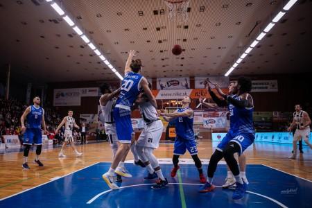 Foto: Final Four Budiš Slovenský pohár 2019/2020 - finále: BC Prievidza - BKM Lučenec 75:63 64