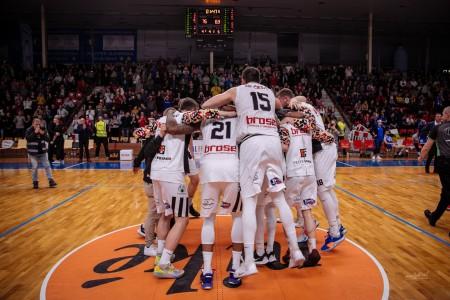Foto: Final Four Budiš Slovenský pohár 2019/2020 - finále: BC Prievidza - BKM Lučenec 75:63 121