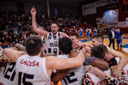 Foto: Final Four Budiš Slovenský pohár 2019/2020 - finále: BC Prievidza - BKM Lučenec 75:63 124