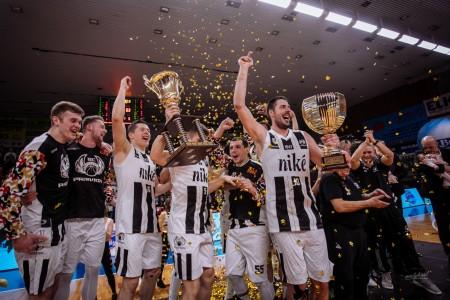 Foto: Final Four Budiš Slovenský pohár 2019/2020 - finále: BC Prievidza - BKM Lučenec 75:63 144