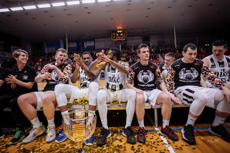 Foto: Final Four Budiš Slovenský pohár 2019/2020 - finále: BC Prievidza - BKM Lučenec 75:63 152