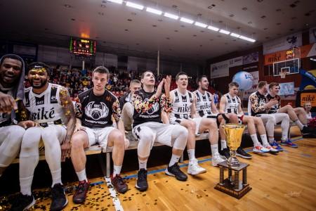 Foto: Final Four Budiš Slovenský pohár 2019/2020 - finále: BC Prievidza - BKM Lučenec 75:63 153