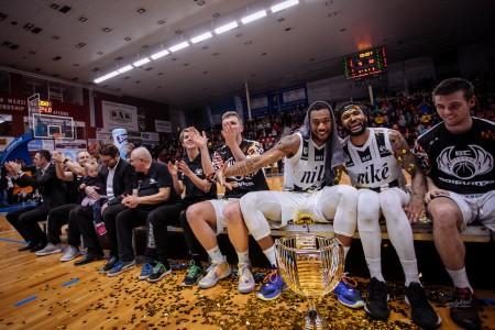 Foto: Final Four Budiš Slovenský pohár 2019/2020 - finále: BC Prievidza - BKM Lučenec 75:63 154