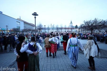 Foto: Fašiangy na námesti v Prievidzi a fašiangový sprievod 2020 24