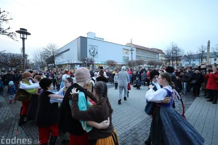 Foto: Fašiangy na námesti v Prievidzi a fašiangový sprievod 2020 37