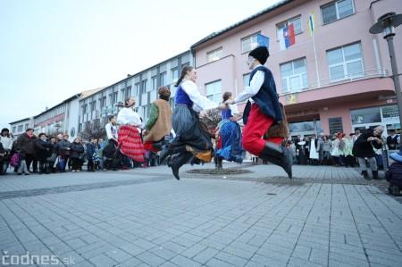 Foto: Fašiangy na námesti v Prievidzi a fašiangový sprievod 2020 43