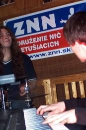 Prievidzská hudobná scéna v rokoch 1990-2010 - Coma / Polite Weirdo / HuZika 76