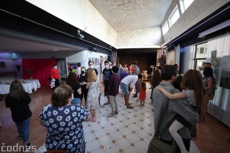 Foto: Vernisáž - Každý spolu - výstava štyroch pedagógov. VERONIKA LACHKÁ, ALENA SLUKOVÁ, LUCIA VRTELOVÁ a OLEG CIPOV 4