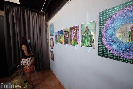 Foto: Vernisáž - Každý spolu - výstava štyroch pedagógov. VERONIKA LACHKÁ, ALENA SLUKOVÁ, LUCIA VRTELOVÁ a OLEG CIPOV 14