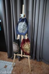 Foto: Vernisáž - Každý spolu - výstava štyroch pedagógov. VERONIKA LACHKÁ, ALENA SLUKOVÁ, LUCIA VRTELOVÁ a OLEG CIPOV 16