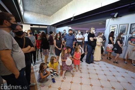 Foto: Vernisáž - Každý spolu - výstava štyroch pedagógov. VERONIKA LACHKÁ, ALENA SLUKOVÁ, LUCIA VRTELOVÁ a OLEG CIPOV 22