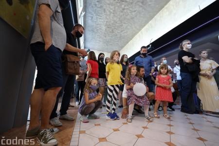 Foto: Vernisáž - Každý spolu - výstava štyroch pedagógov. VERONIKA LACHKÁ, ALENA SLUKOVÁ, LUCIA VRTELOVÁ a OLEG CIPOV 23