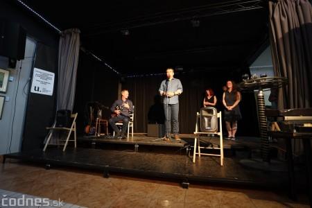 Foto: Vernisáž - Každý spolu - výstava štyroch pedagógov. VERONIKA LACHKÁ, ALENA SLUKOVÁ, LUCIA VRTELOVÁ a OLEG CIPOV 30