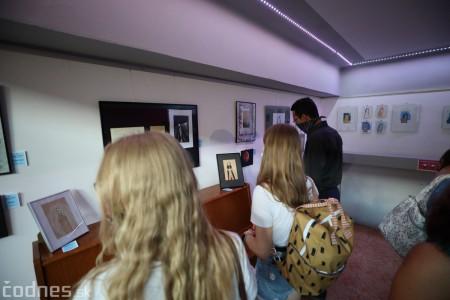 Foto: Vernisáž - Každý spolu - výstava štyroch pedagógov. VERONIKA LACHKÁ, ALENA SLUKOVÁ, LUCIA VRTELOVÁ a OLEG CIPOV 37
