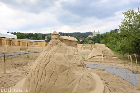 Foto a video: Obrovské pieskové sochy v Bojniciach budete môcť vidieť už od zajtra 27.6. 4