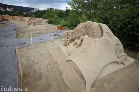 Foto a video: Obrovské pieskové sochy v Bojniciach budete môcť vidieť už od zajtra 27.6. 8