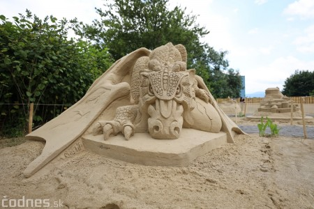 Foto a video: Obrovské pieskové sochy v Bojniciach budete môcť vidieť už od zajtra 27.6. 9