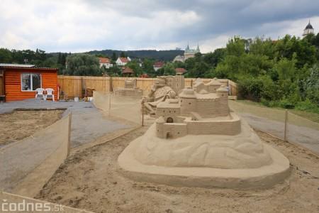 Foto a video: Obrovské pieskové sochy v Bojniciach budete môcť vidieť už od zajtra 27.6. 10