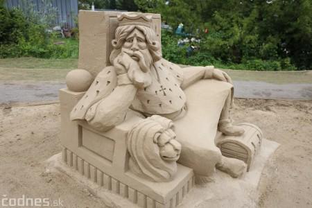 Foto a video: Obrovské pieskové sochy v Bojniciach budete môcť vidieť už od zajtra 27.6. 12