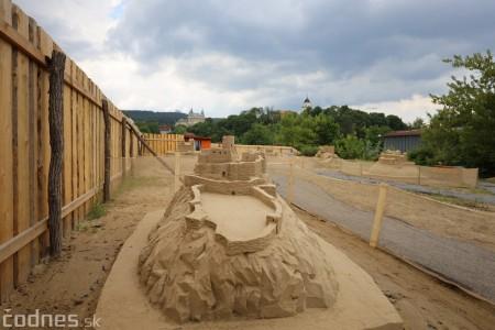 Ihrisko pod farou Bojnice - Gumy land, pieskové sochy, bistro 37