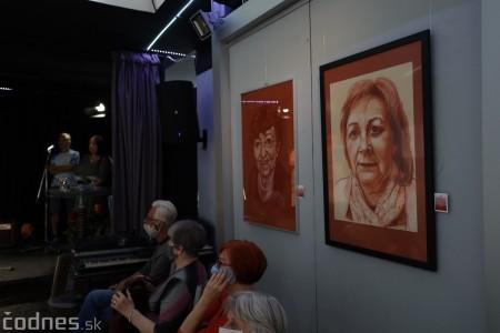 Foto: Vernisáž výstavy - Amália Lomnická - Stvárňovanie 11
