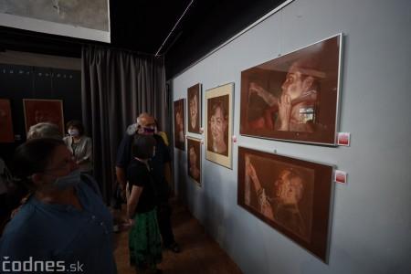 Foto: Vernisáž výstavy - Amália Lomnická - Stvárňovanie 44