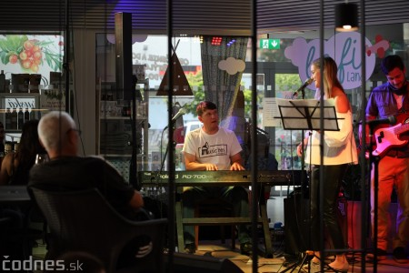 Foto a video: Lenka Piešová - Music Box Project - Bistro café - Prievidza 2020 30
