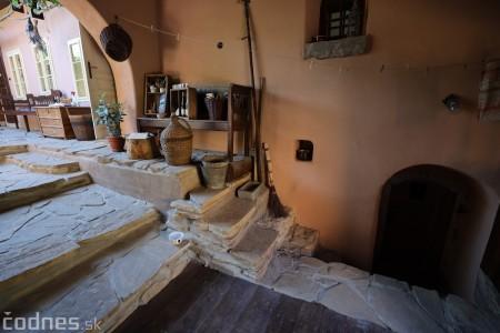 Foto: Otvorili múzeum Bencovje grunt, ktorý vráti návštevníkov Bojníc do života z čias monarchie 16