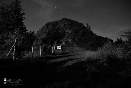 Foto: Hrad Sivý kameň Podhradie - západ slnka a nočná obloha 5