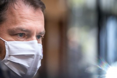 Premiér Matovič oznámil nové opatrenia proti koronavírusu aj pre kultúrne aj  športové podujatia