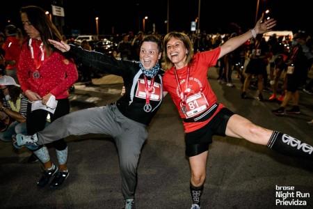 Foto a video: Prievidzu večer ovládol prvý ročnik nočného behu Brose Night Run Prievidza 2