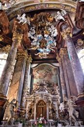 Foto: Piaristický kostol Najsvätejšej Trojice v Prievidzi 2