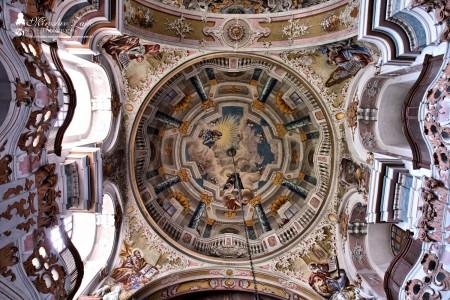Foto: Piaristický kostol Najsvätejšej Trojice v Prievidzi 10