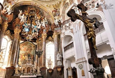 Foto: Piaristický kostol Najsvätejšej Trojice v Prievidzi 15
