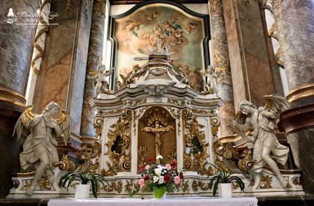 Foto: Piaristický kostol Najsvätejšej Trojice v Prievidzi 17