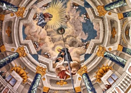 Foto: Piaristický kostol Najsvätejšej Trojice v Prievidzi 18