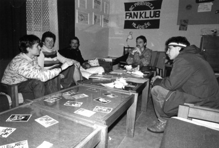 Foto: Ako vyzeral 17. november 1989 v Prievidzi? 3