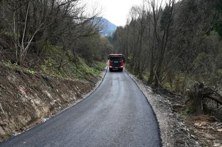 V Čavoji pribudla nová obchádzková trasa. Pomôcť má obyvateľom obce počas rekonštrukcie zosunutého úseku cesty 5