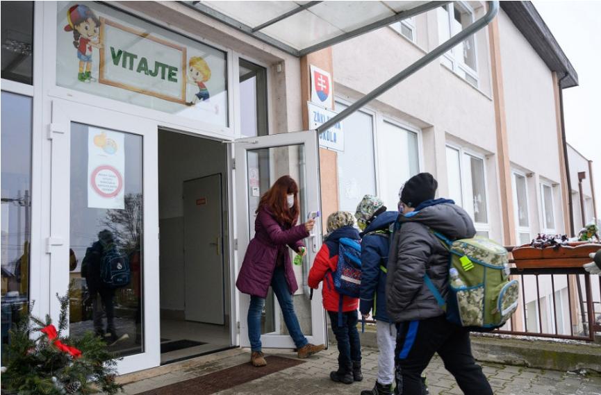 Ako bude fungovať prevádzka škôl v meste Prievidza od 8. marca?