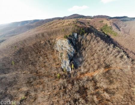 Foto a video: Hajská skala - Ráztočno - okres Prievidza - tip na výlet - túra 19