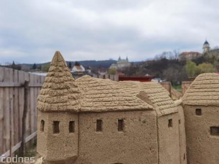 Foto: Pieskové sochy v Bojniciach budú aj tento rok. Práce na nových sochách práve prebiehajú 9
