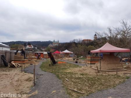 Foto: Pieskové sochy v Bojniciach budú aj tento rok. Práce na nových sochách práve prebiehajú 17